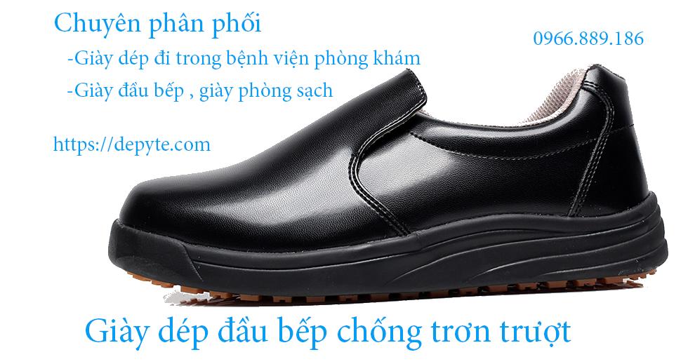 Tại sao nên sử dụng giày dép đầu bếp, giày bảo hộ trong bếp đi trong nhà hàng, khách sạn